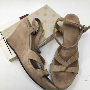 Ugg Wedge Sandals Size 6.5